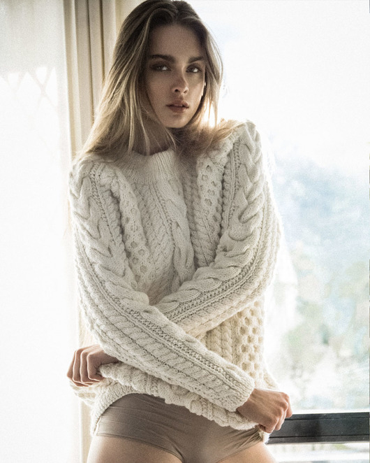 swetry-Chunky Cable Sweater