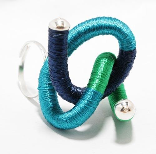 pierścionki i obrączki-zawijas zielony z granatem