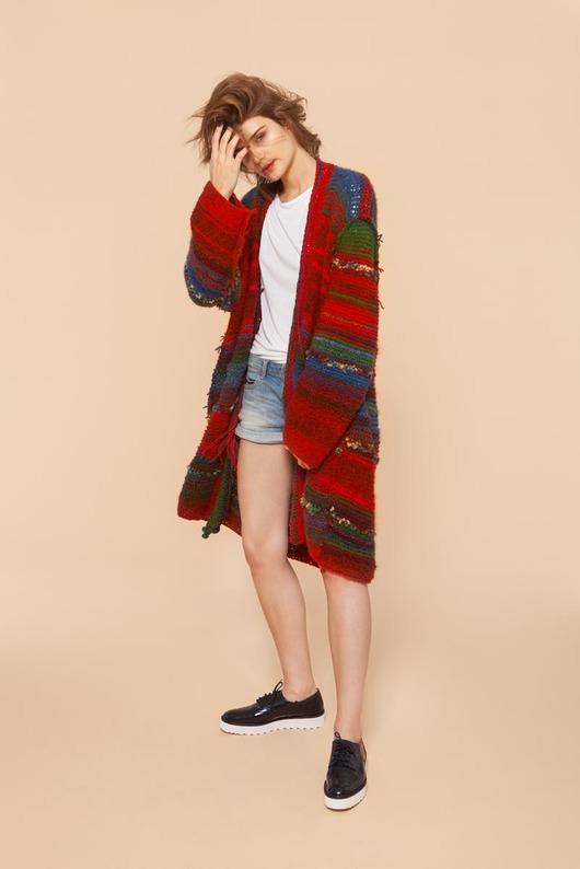 swetry-Unikatowy sweter zrobiony ręcznie na drutach
