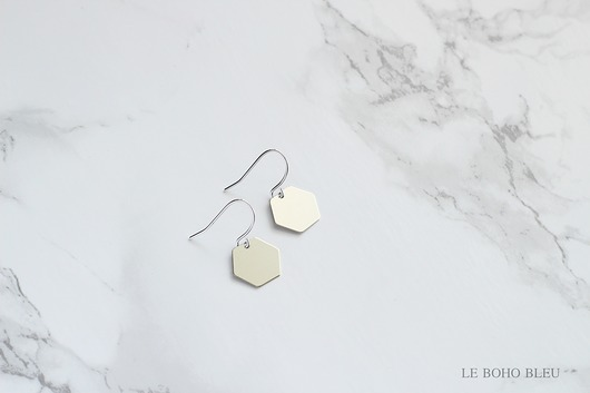 naszyjniki - inne-Small Hexagon Earrings in Silver