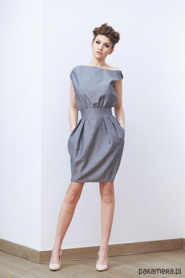 Sukienka Duni II szaro-srebrna
