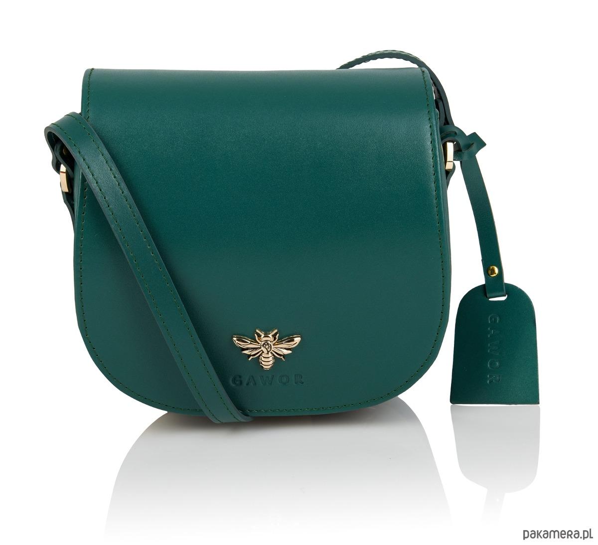 272ac4dcd28e8 Skórzana zielona listonoszka złote dodatki - torebki mini - Pakamera.pl