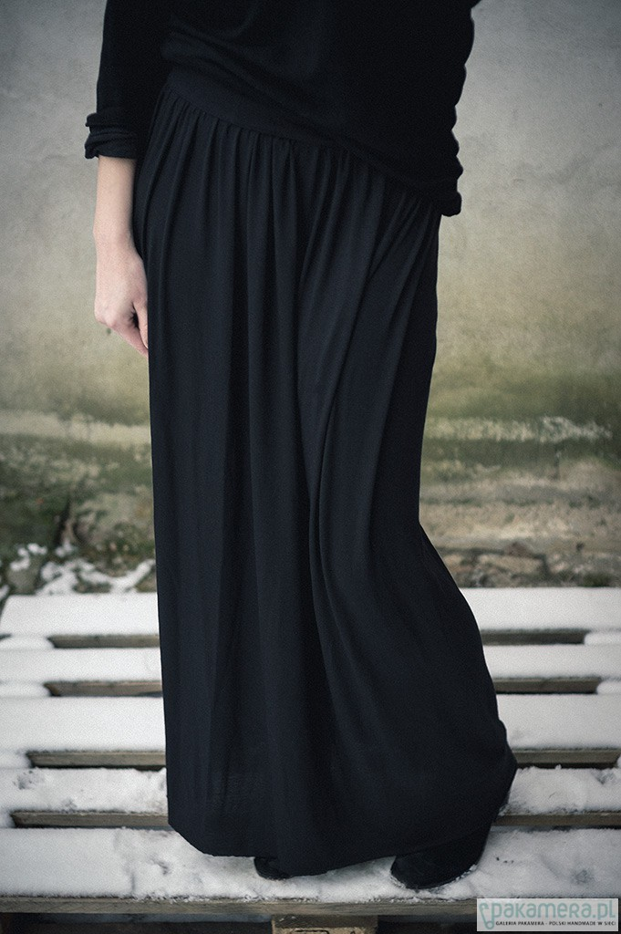 d337c902bbbe Spódnica maxi czarna - spódnice - Pakamera.pl