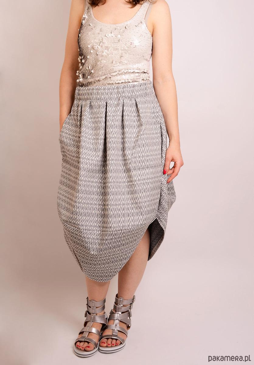 żakardowa spódnica oversize z kieszonkami