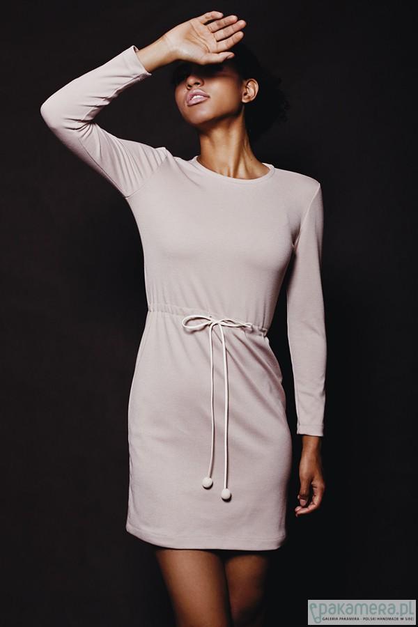 2e773325 Dzianinowa ciepła sukienka - Pakamera.pl