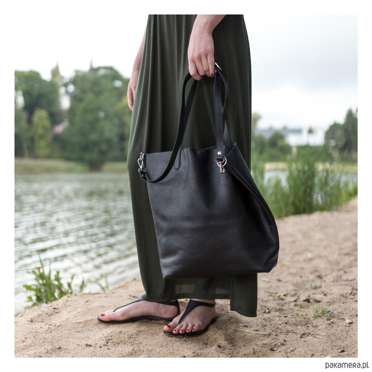 2088665a37a22 Sofija - duża skórzana torba z długim paskiem - torby na ramię - damskie -  Pakamera.pl