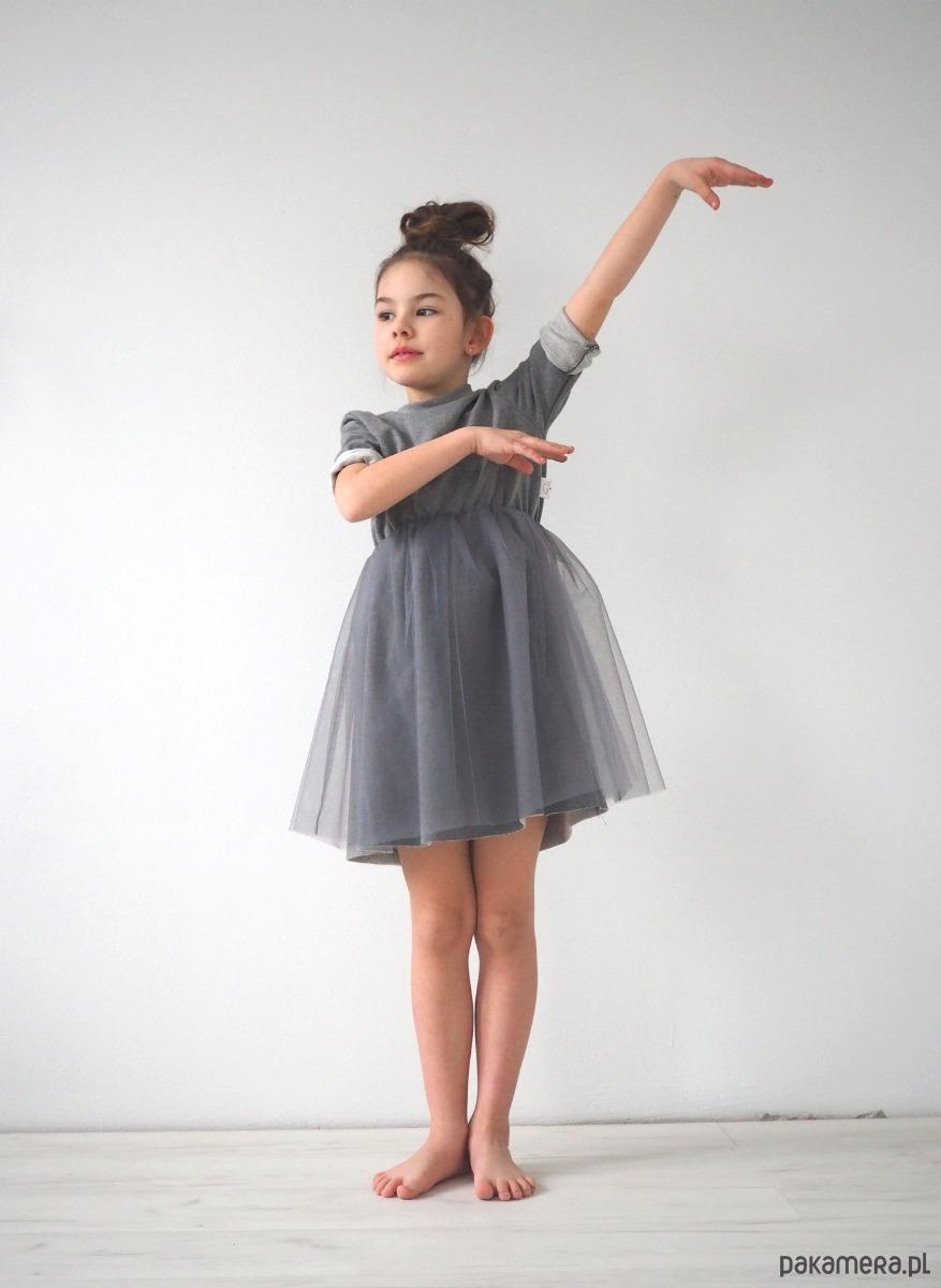 29cbd1fe8f Sukienka dziecięca wizytowa szara - dziewczynka - sukienki - Pakamera.pl