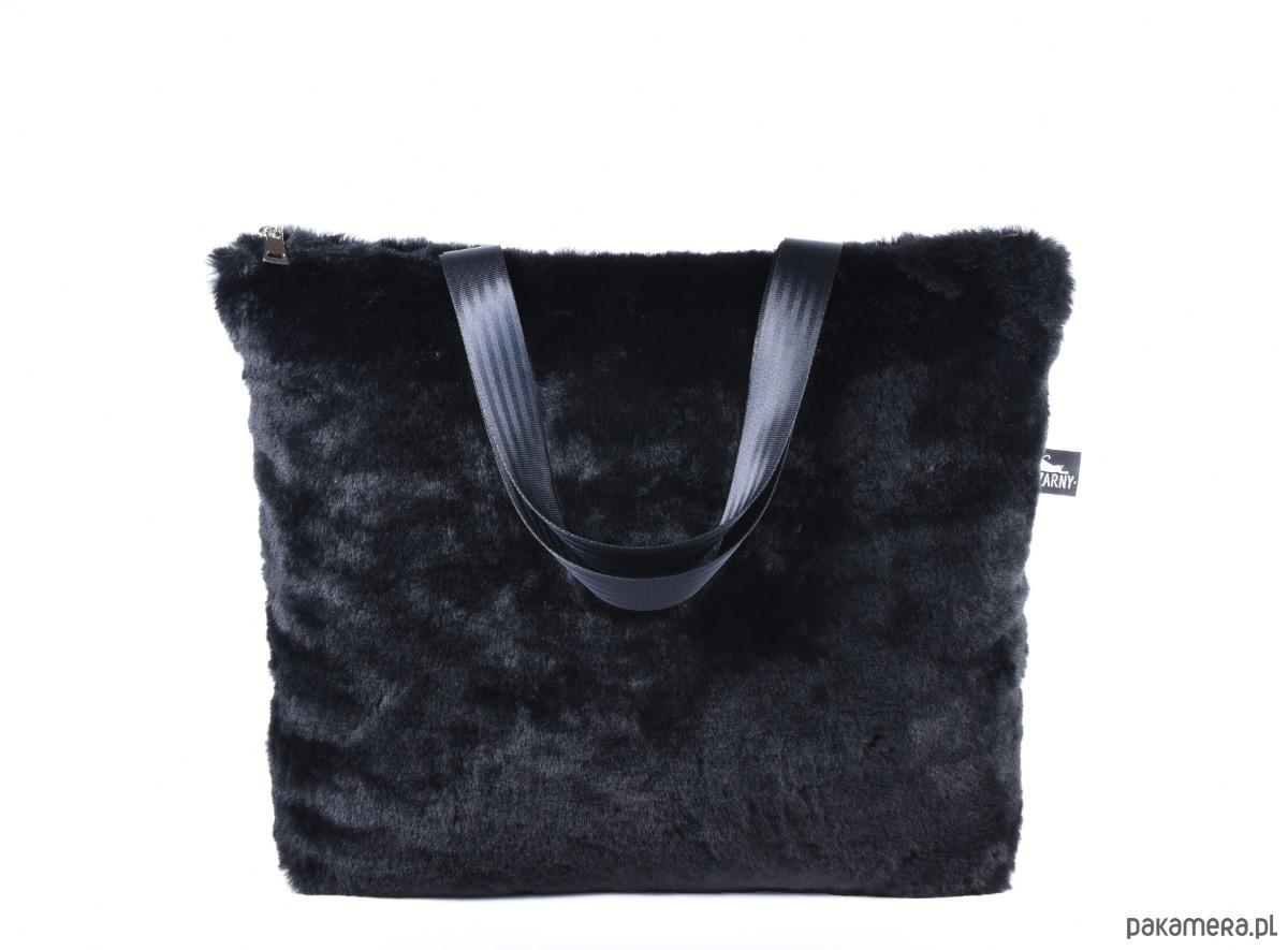 8847c07ae3ef4 Torba XL z czarnego futra - torby na ramię - damskie - Pakamera.pl