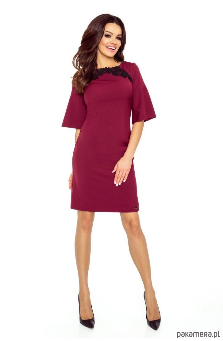 Klasyczna i wygodna sukienka