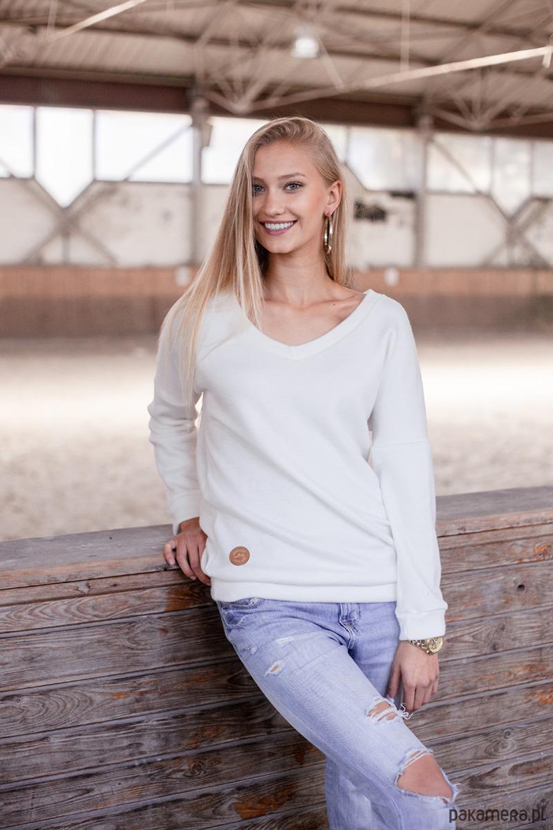 Sweter z dekoltem w serek Cashmere