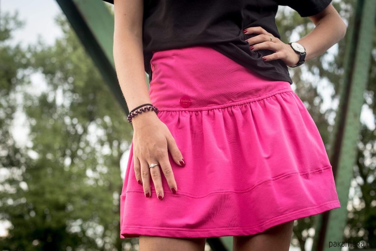 Bawełniana rozkloszowana różowa spódnica