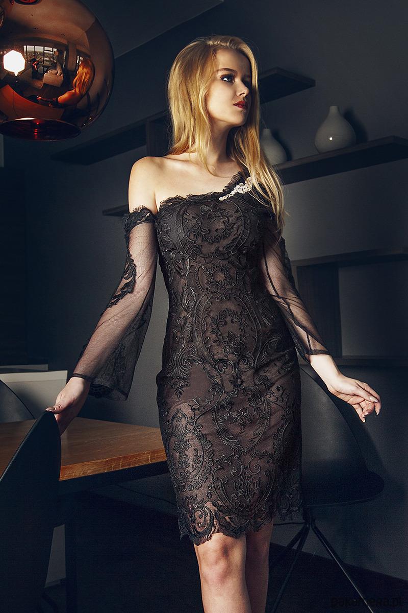 Divin - sukienka z koronki, kryształki Swarovsky