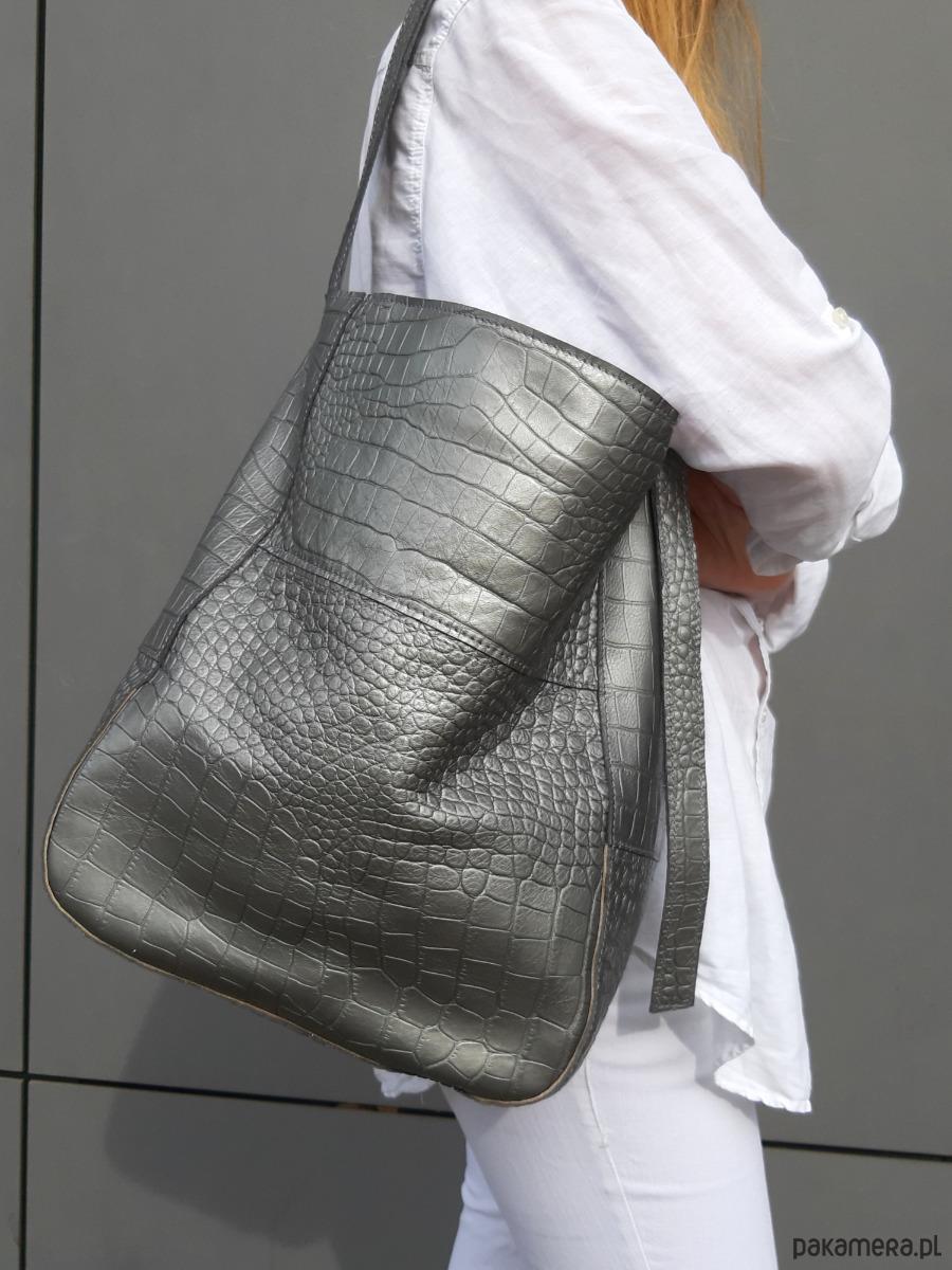 Szaro srebrna skórzana torba