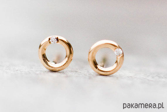 8ab1f1418dfdda 4.3mm złote kolczyki kółka z diamentami - kolczyki - złote - Pakamera.pl