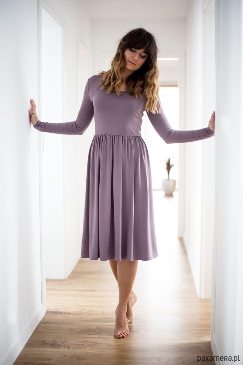 Sukienka Audrey pudrowa lawenda