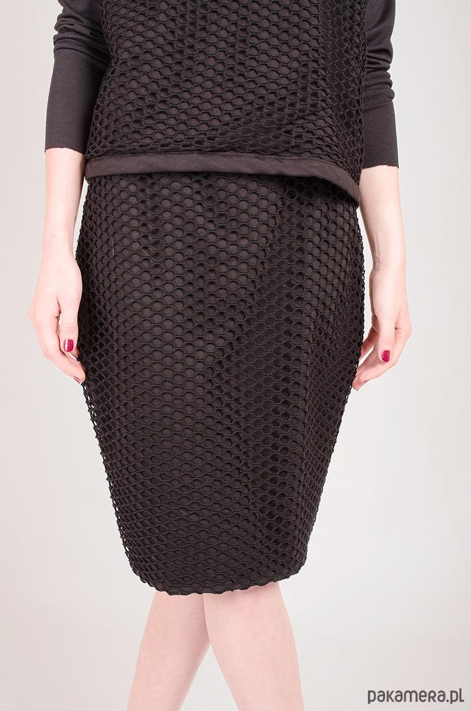 czarna spódnica z siatki