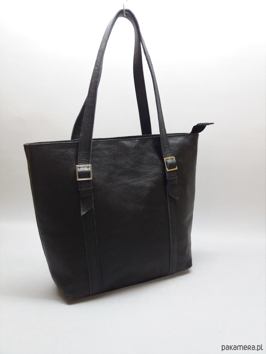 ad85a358108f1 Skórzana czarna duża torebka damska - torby na ramię - damskie ...