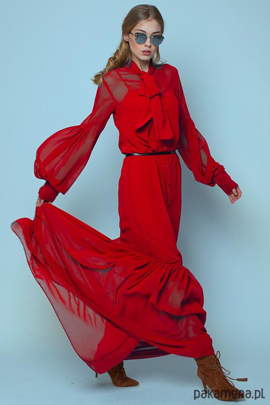 Czerwona sukienka BOHO