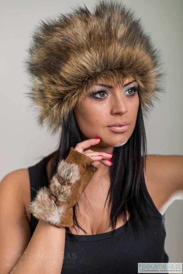 a3eb9f1a0c9a Czapka futrzana z kolekcji Luxury - czapki i kapelusze - damskie ...