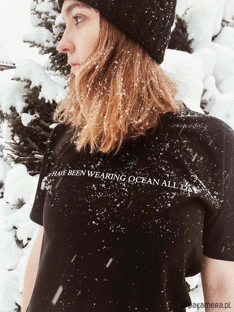 Koszulka z nadrukiem Bala Ocean Tee Black Wmn
