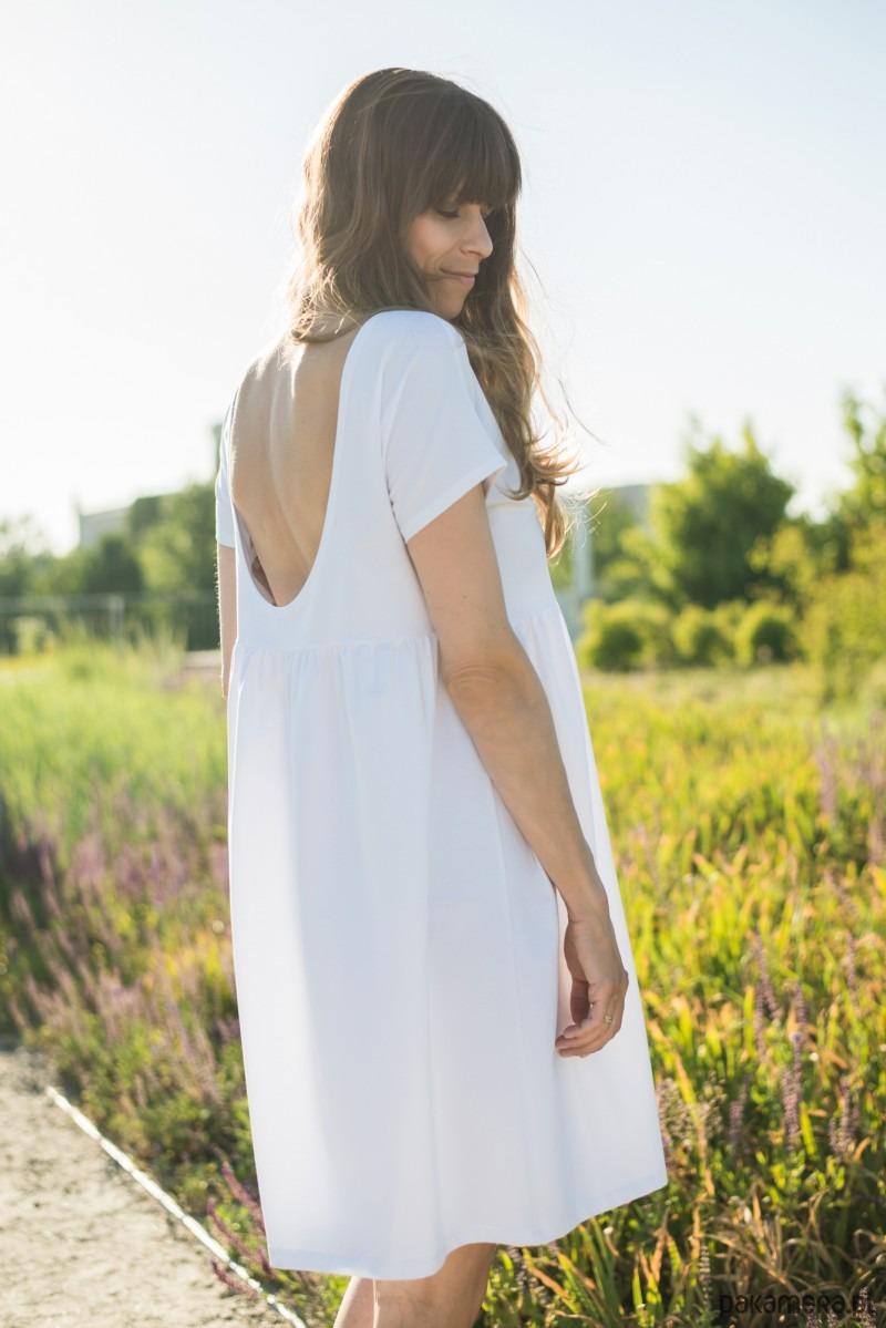 Sukienka oversize biała z dekoltem Roma