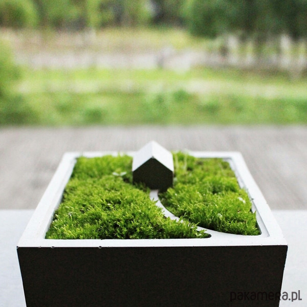 doniczka betonowa domek doniczki i wazony. Black Bedroom Furniture Sets. Home Design Ideas