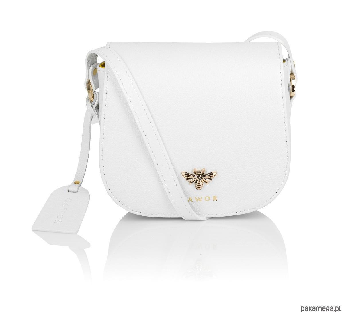 f76b2423e4e71 Skórzana biała listonoszka złote dodatki - torebki mini - Pakamera.pl