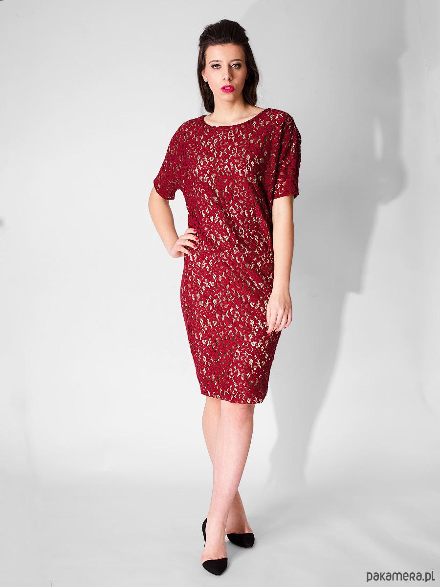e8c2bbb51c czerwona sukienka z koronki - sukienki - midi - Pakamera.pl