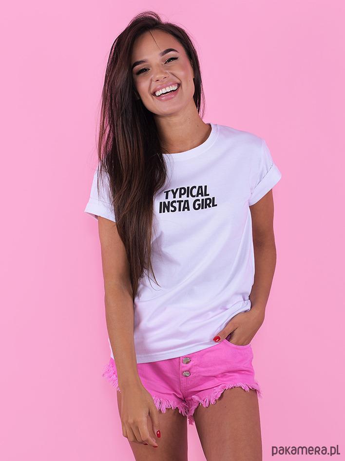 T-shirt Typical Insta Girl
