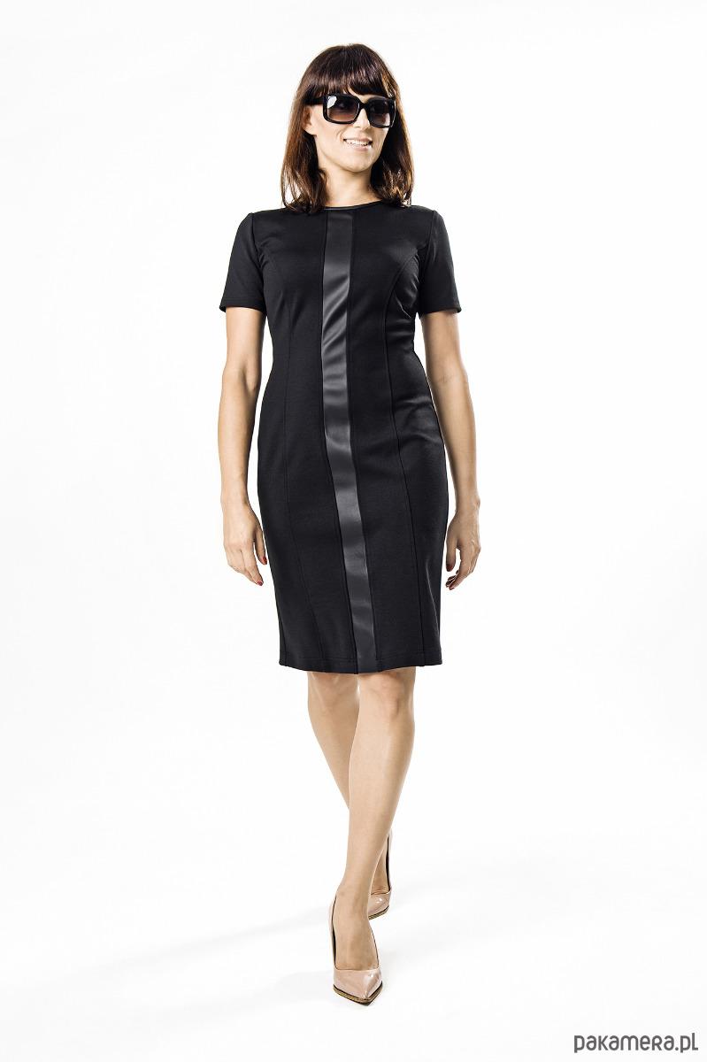 69f1684b70 Sukienka czarna z pion.pasem - Darksus Business - sukienki - midi -  Pakamera.pl