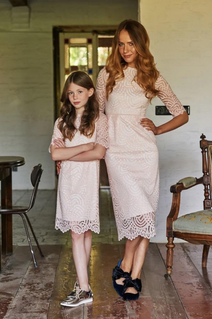 d561fc78df Koronkowa sukienka - dziewczynka - sukienki - Pakamera.pl