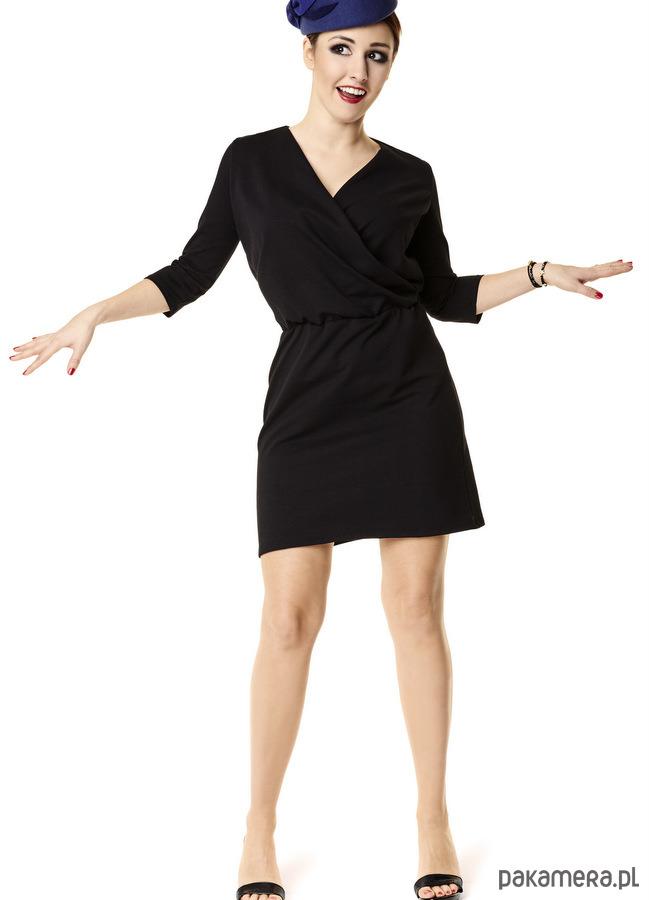 Sukienka kopertowa z dekoltem czarna