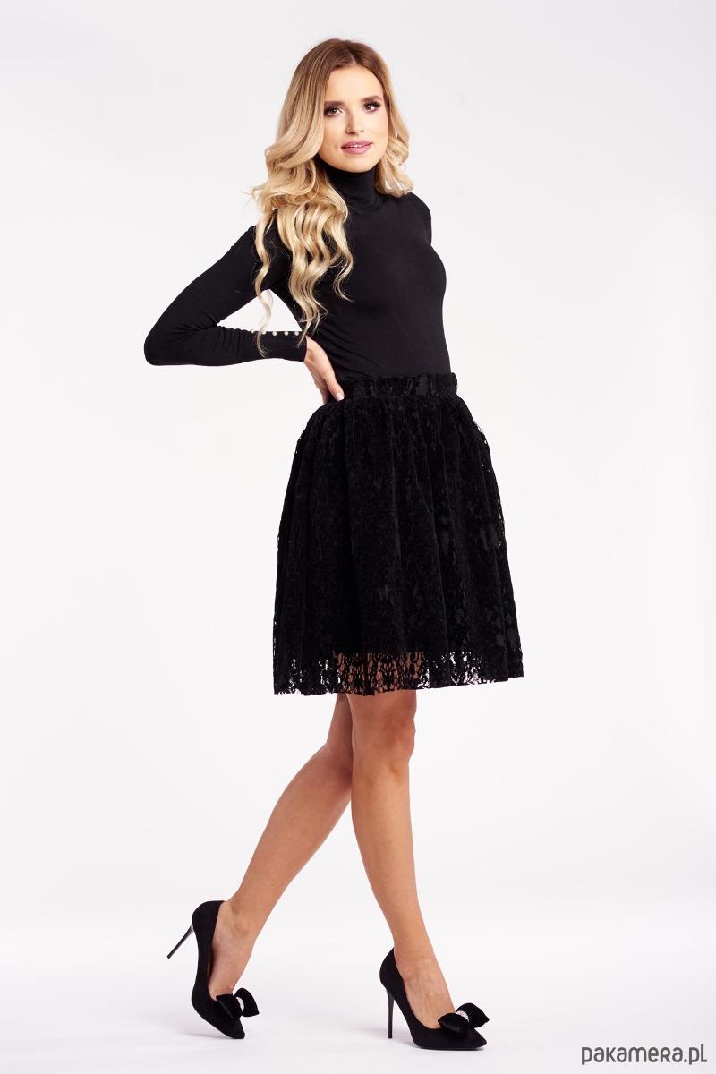 Ażurowa spódniczka - czarna