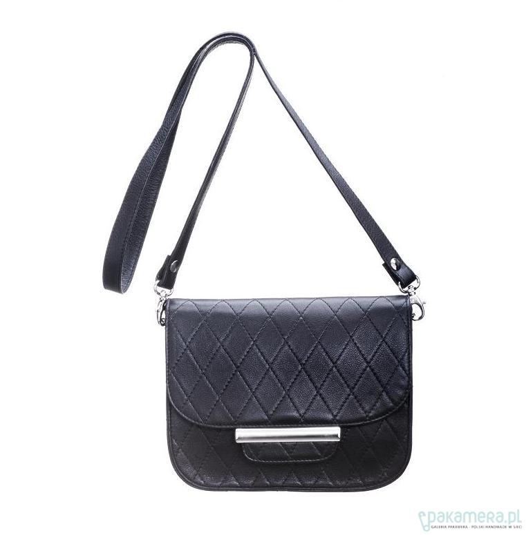 a7f45017bf235 Pikowana torebka na ramię ze skóry naturalnej - torby na ramię - damskie -  Pakamera.pl
