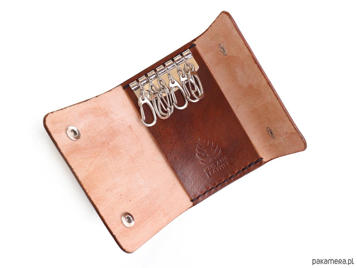646a4d4261799 pokrowce i etui - na klucze-Skórzane etui na klucze w kolorze brązowym