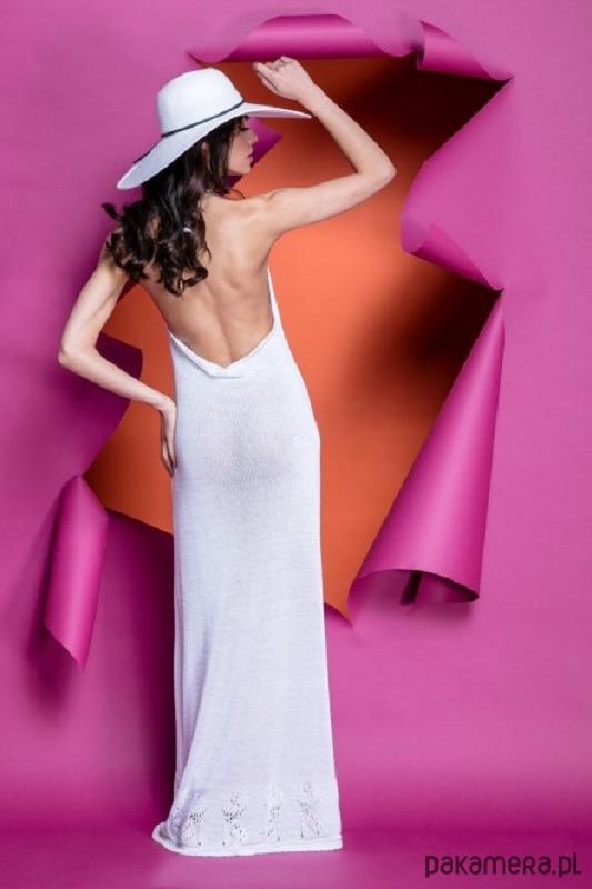 Letnia maxi sukienka zawiązywana na szyi