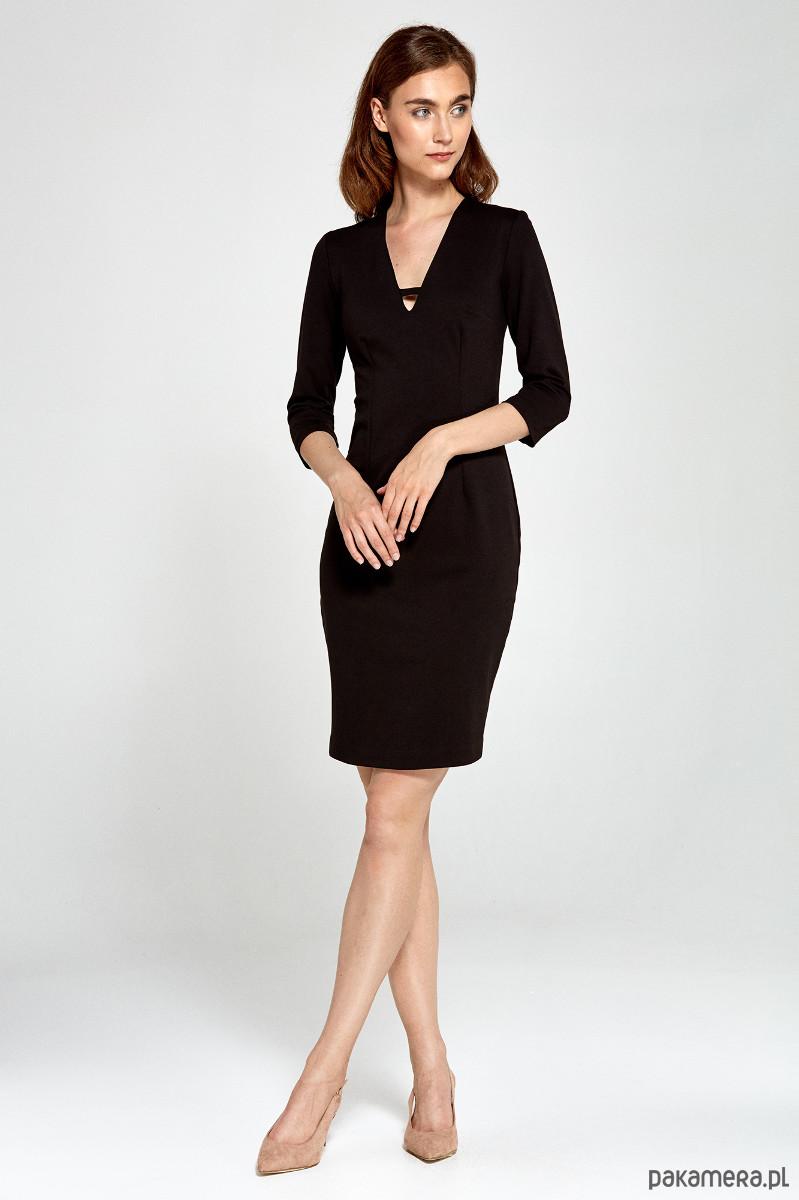 Dzianinowa sukienka z dekoltem V s92 - czarny