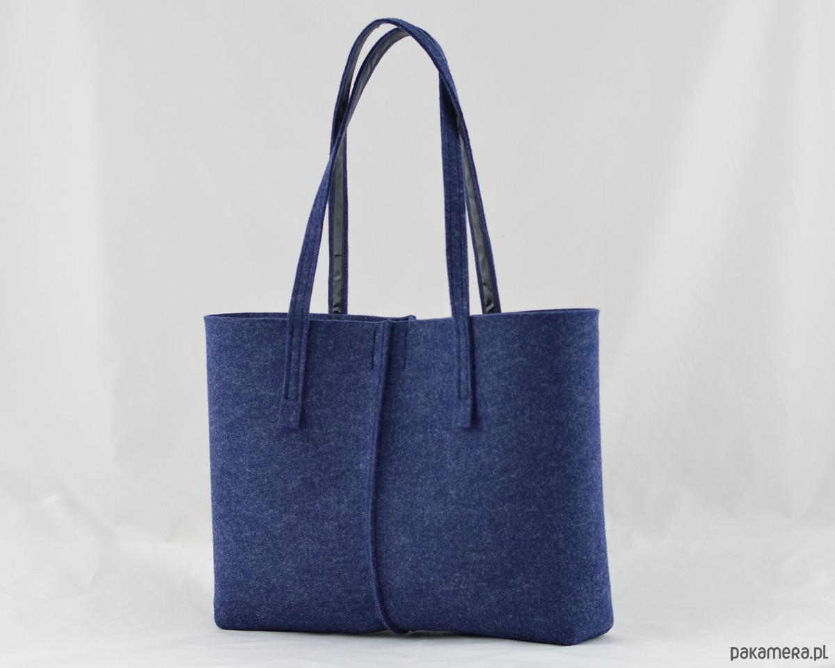 262a01625372b Duża Torebka - Minimalistyczna -Niska Granatowa - torby na ramię - damskie  - Pakamera.pl