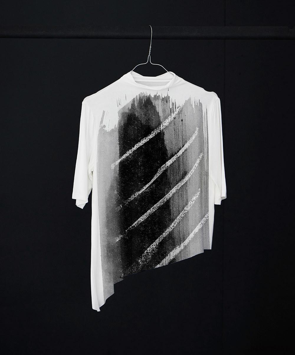 Yali abstract no.2 t-shirt - SELVA
