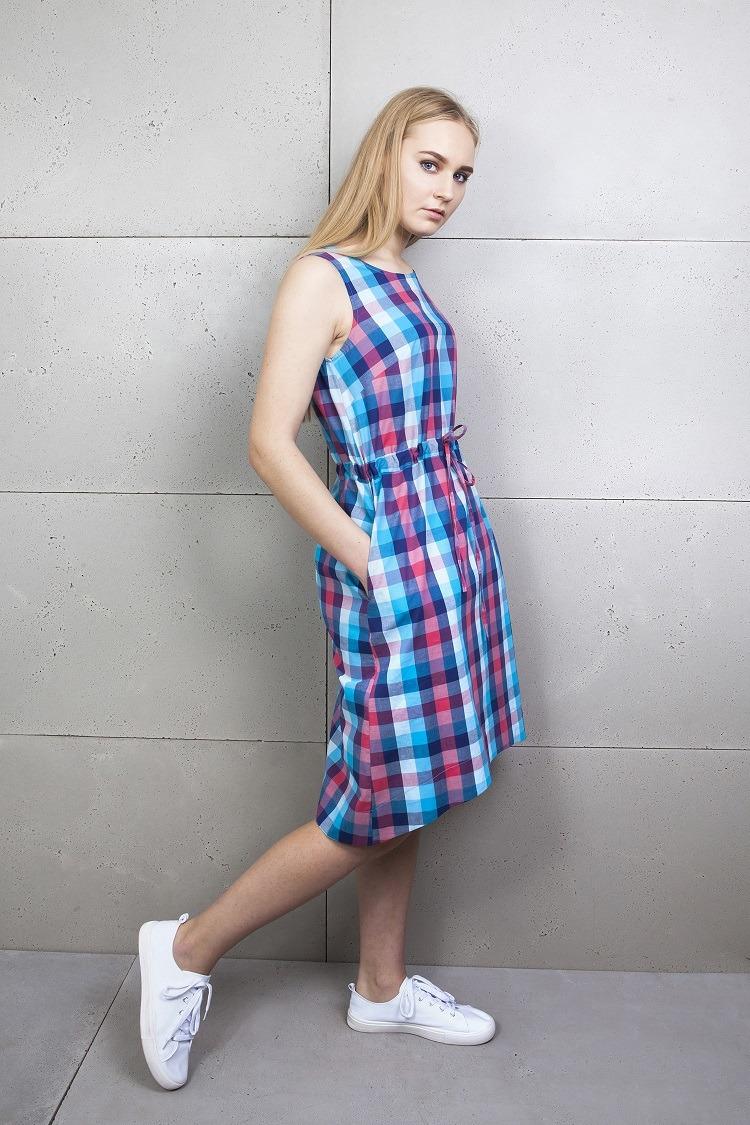 Sukienka letnia w kratkę