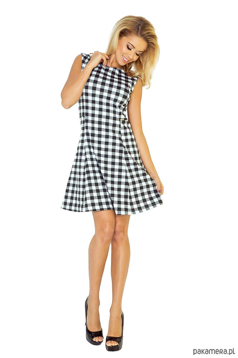 Trapezowa urocza sukienka