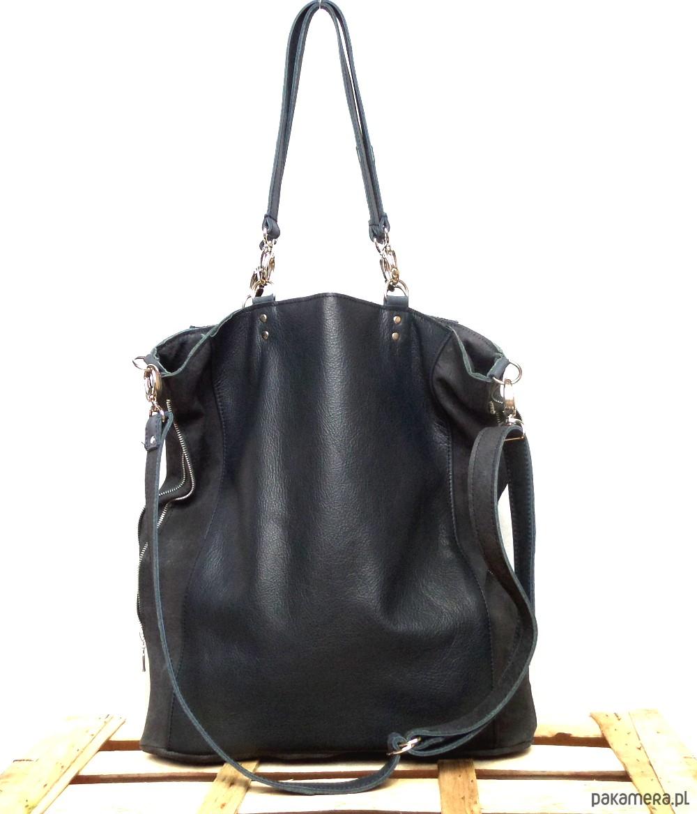 bc961b798e899 Czarna skórzana miękka torba na ramię - torby na ramię - damskie -  Pakamera.pl
