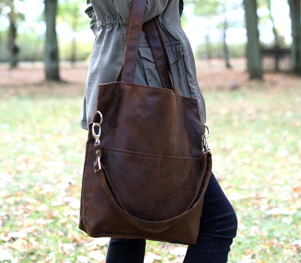 Brązowa zamszowa torba do pracy (zamsz eko)