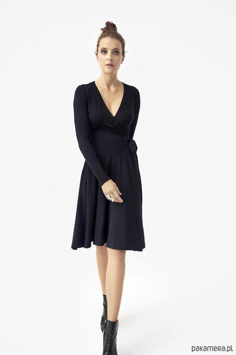 sukienka KLASYKA GATUNKU z długim rękawem black