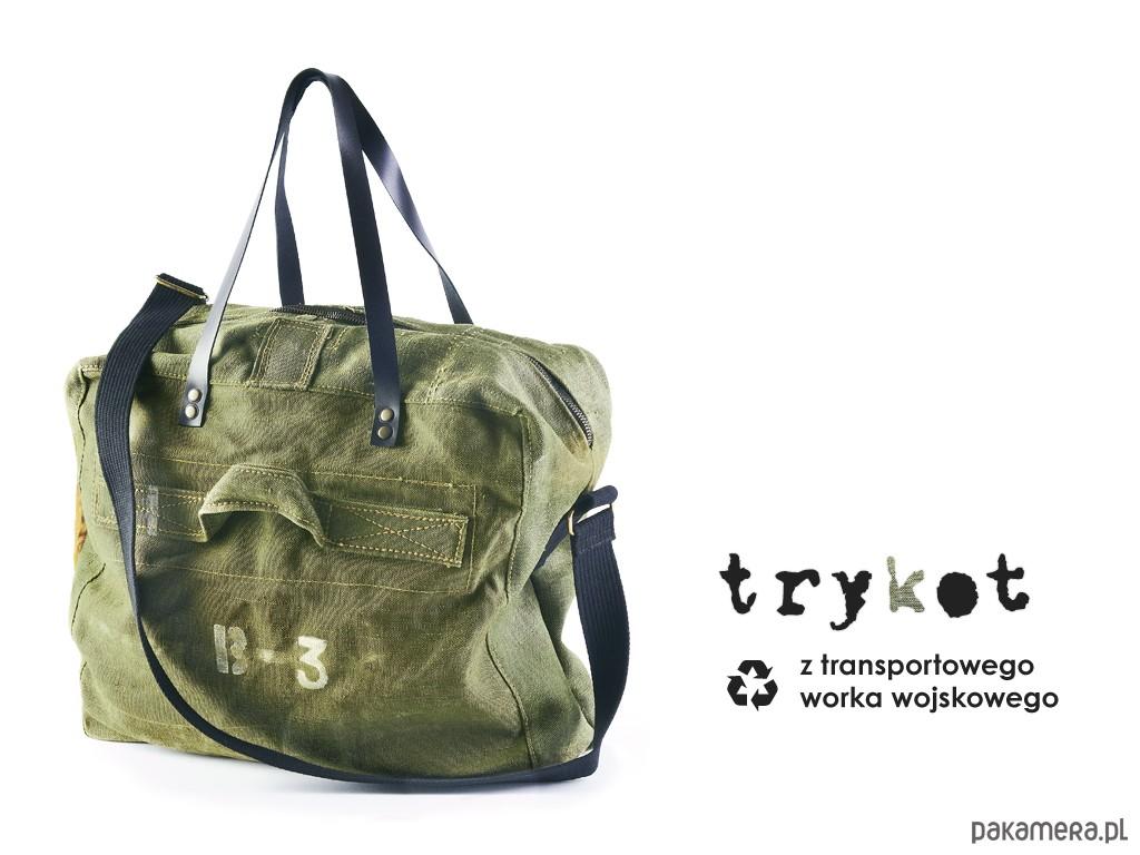 66defbb2d8701 Pojemna torba z worka militarnego - upcykling - torebki różne - unisex -  Pakamera.pl