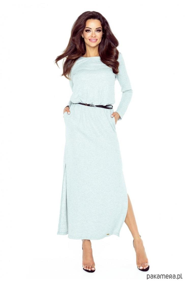 Piękna sukienka z długim rękawkiem