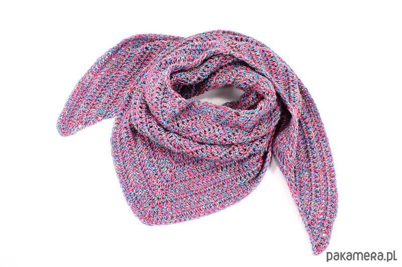 79f6532335be42 kolorowa chusta z wełną zrobiona na szydełku - szale i apaszki ...