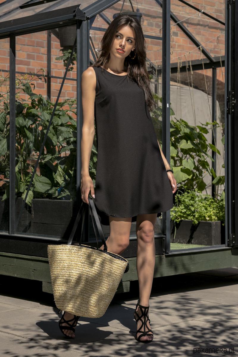 Sukienka koktajlowa czarna F542