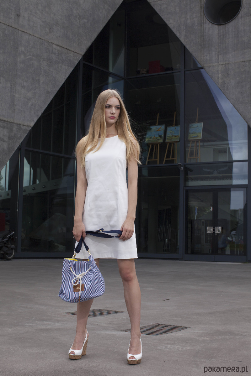 Sukienka Clear biała