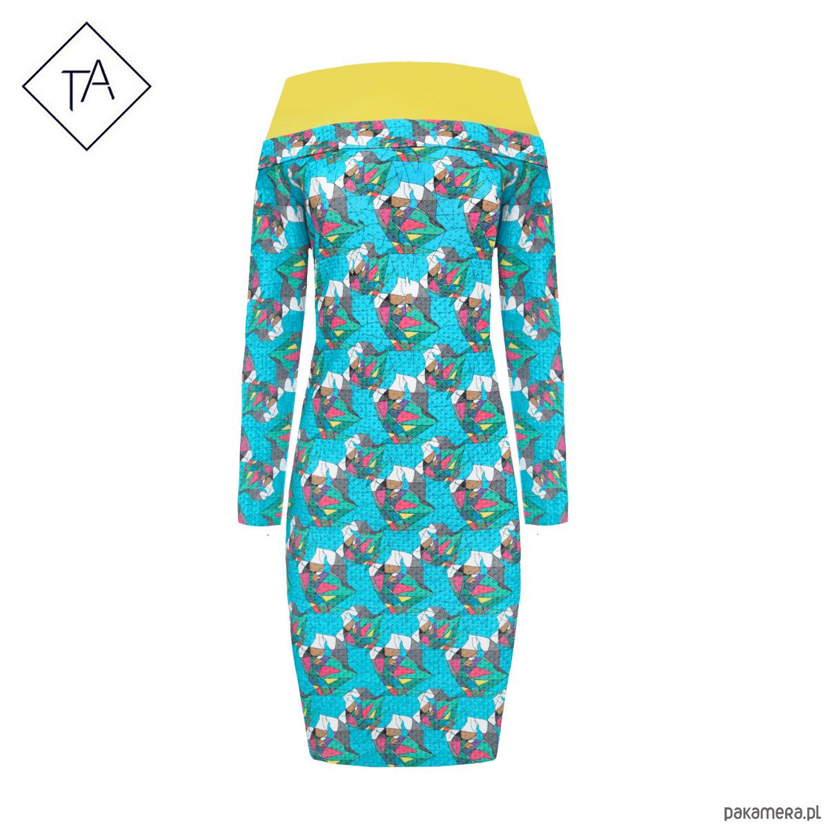 Bluzo - Tunika z kaputrem i z kieszeniami